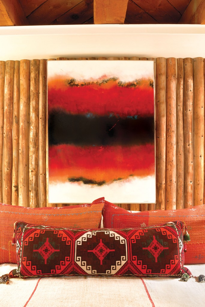 victory_red_headboard_painting